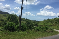 First signs of Viñales mountains coming from Los Portales